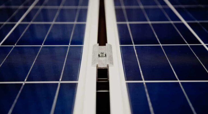 Mi tartja féken a Smart napelem rendszer árakat?